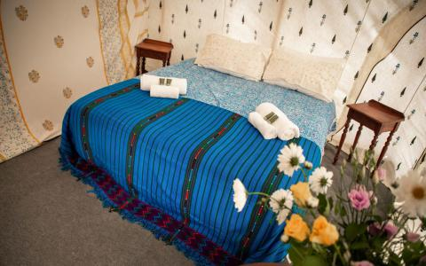Pilton Manor Boutique Glamping for the Glastonbury Festival, Jaipur Bedroom